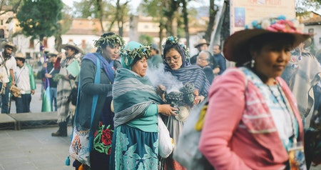 "See Mexico's Sacred ""New Fire"" Ceremony Through an Indigenous Photographer's Eyes"