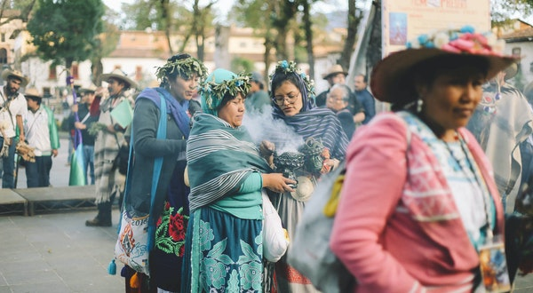"""See Mexico's Sacred """"New Fire"""" Ceremony Through an Indigenous Photographer's Eyes"""