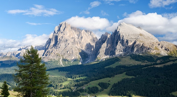Italy's New Hiking Trail Will Connect 25 National Parks