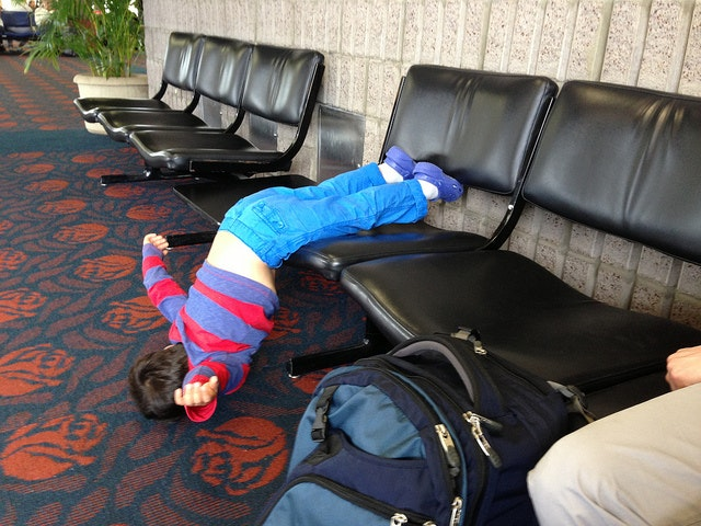 10 Huge Mistakes People Make at the Airport