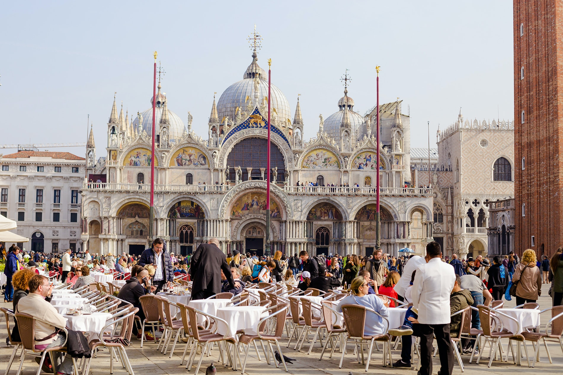 Tipping 101: When to Tip in Italy—and How Much Money to Leave