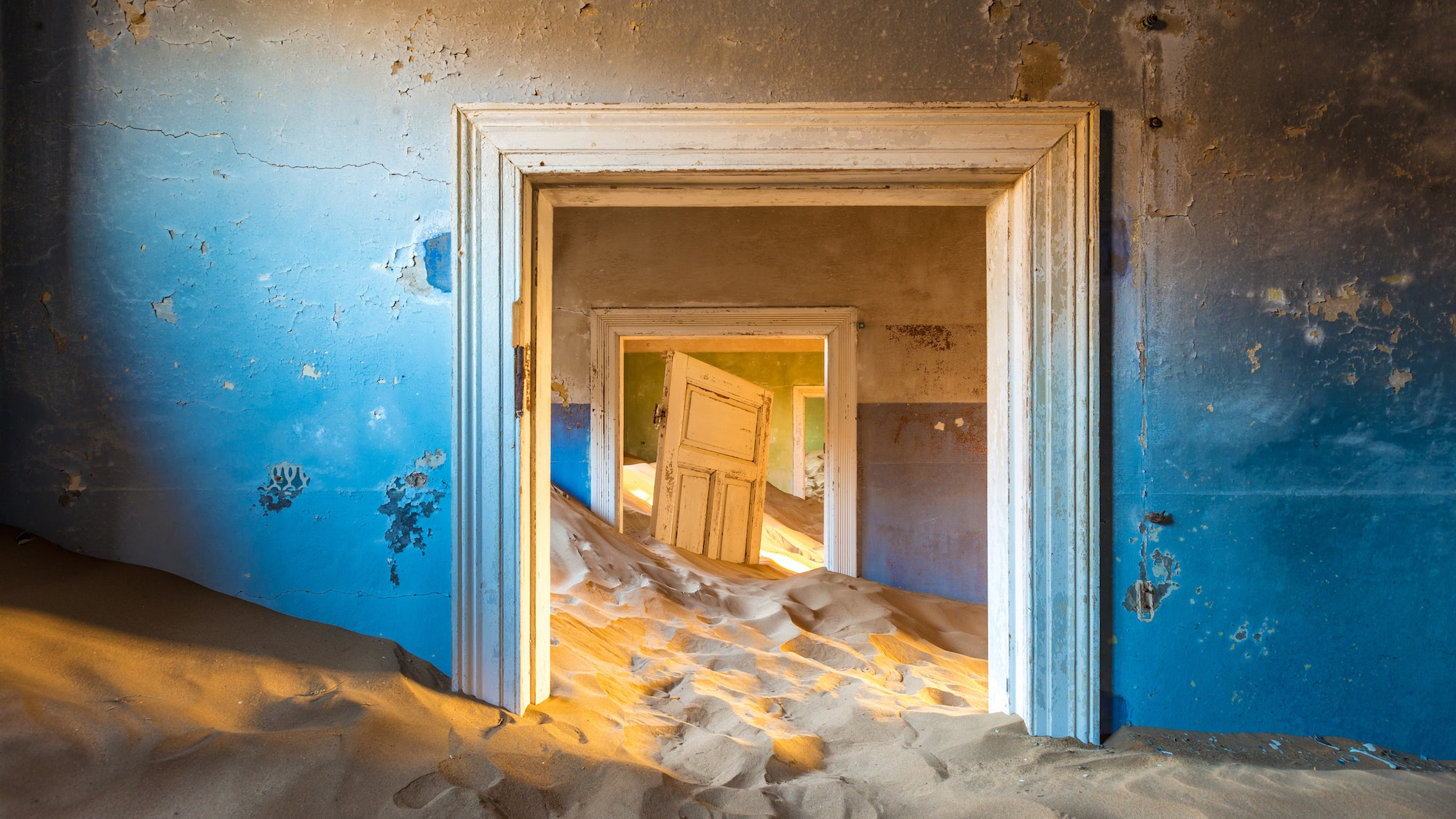 15 Famous Abandoned Places Around The World