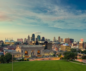 9 Unmistakable Ways Kansas City Culture Defines the New Midwest