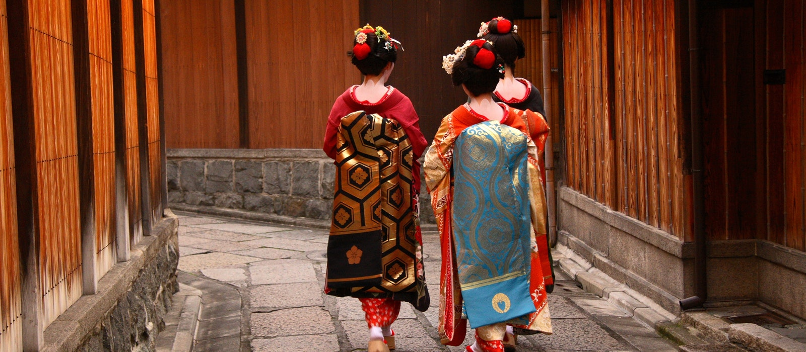 Expert tips can get you on the right path to a perfect vacation in Japan.