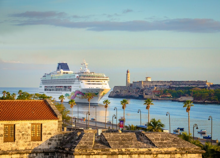 Norwegian's four- and five-night Cuba-bound voyages out of Florida bundle in a full open-bar on each sailing.