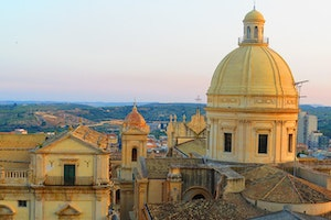 Visit Sicily Like a Globetrotting Entrepreneur