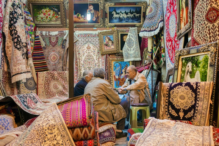 Traditional Persian rugs for sale at the Vakil Bazaar in Shiraz, Iran.