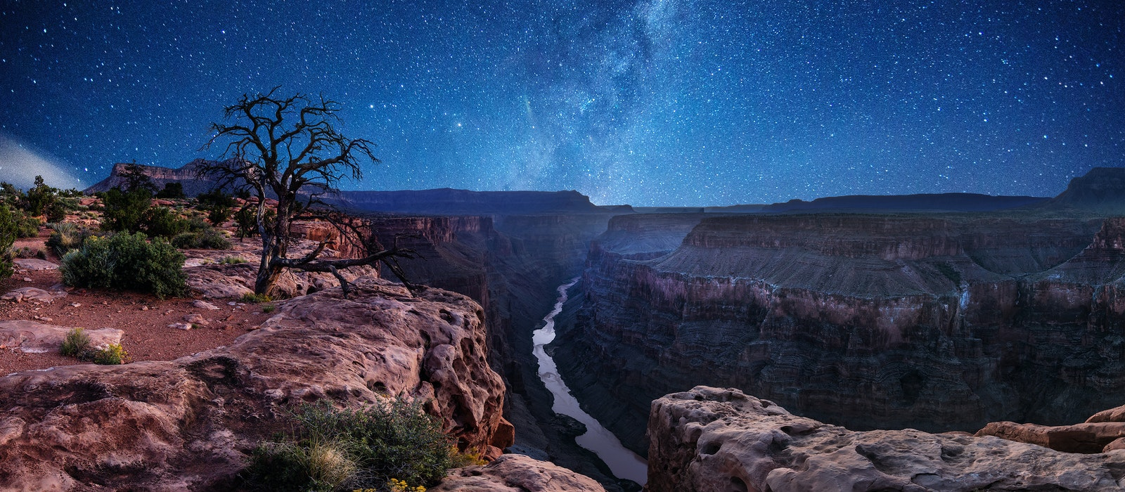 To celebrate its new Dark Sky Park status and its 100th anniversary, the Grand Canyon is hosting a Star Party each night between June 22–29.