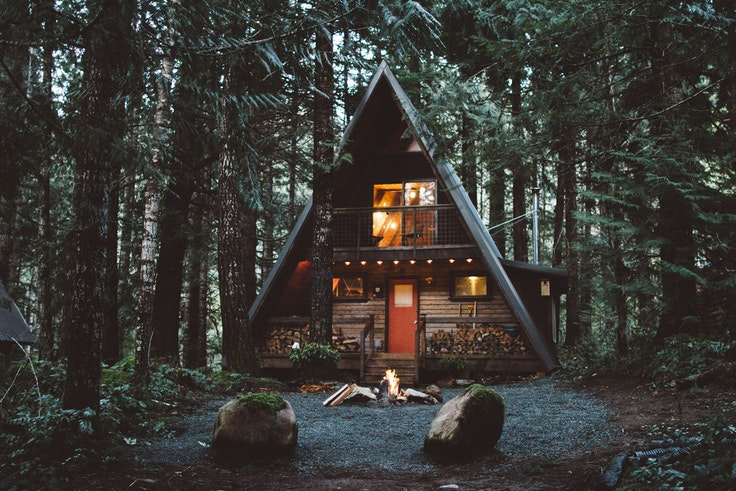 This Washington A-frame is a short drive from Mount Rainier National Park.