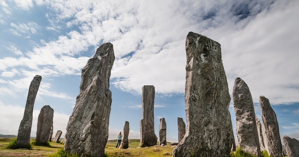 "The Trip Every ""Outlander"" Fan Should Take—and 7 Other Literary Journeys to Try in 2020"