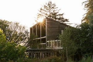 This Landmark Hotel Was Reborn After a Natural Disaster in Big Sur