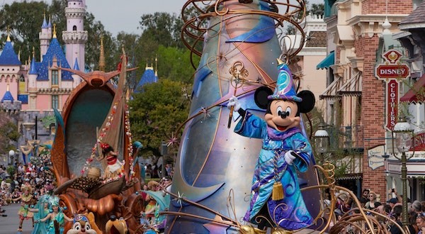 When Will Disneyland and Other California Theme Parks Reopen?