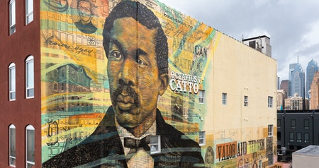"A Street Art Tour in the ""City of Murals"" Honors African American Heroes"