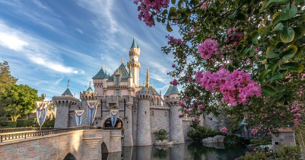 How to Visit Disneyland as an Adult