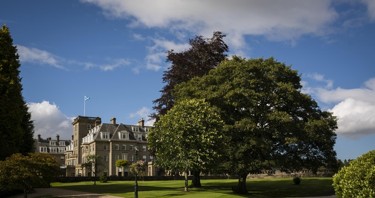 Play a round of golf at Gleneagles by booking through a travel advisor.