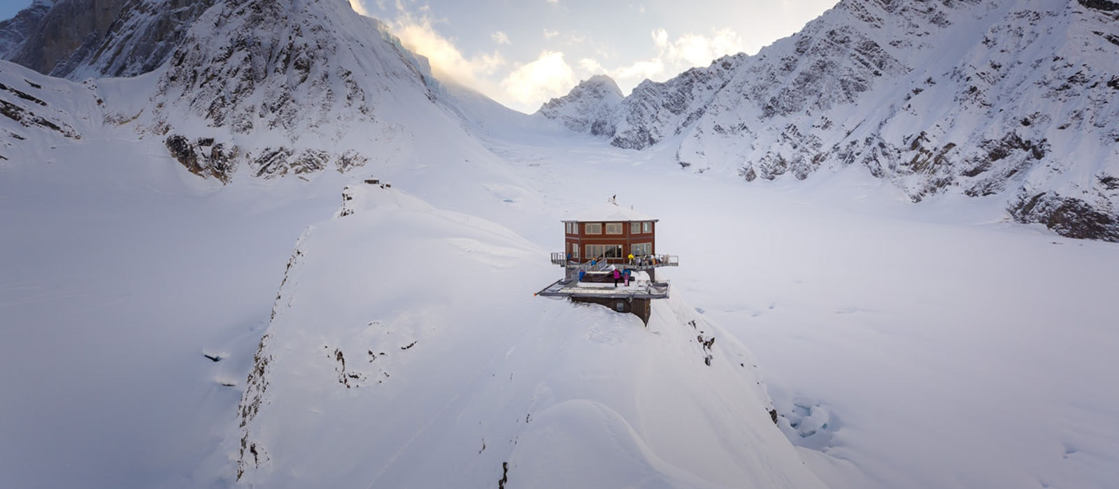 High up in the mountains of Denali National Park, Sheldon Chalet is a unlikely spot of luxury on a remote and rugged landscape.