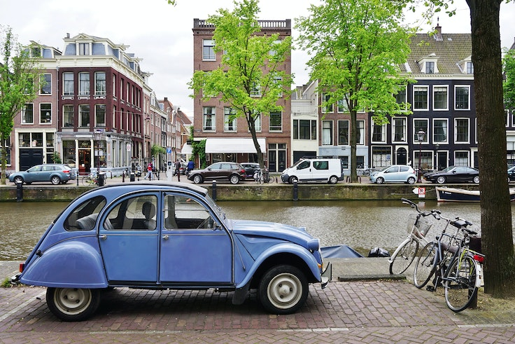 Only electric and hydrogen-powered cars will be allowed into Amsterdam within the next 11 years.