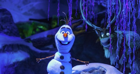 """Frozen"" Land Coming to Disneyland Paris in 2023"