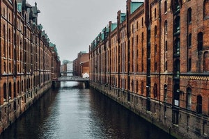 The Five Types of Travelers Who Need to Visit Hamburg