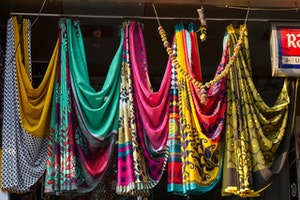 A Guide to Mumbai's Outdoor Markets