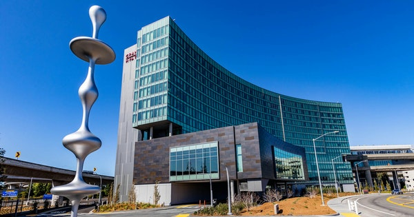 SFO Gets Its First On-Site Airport Hotel