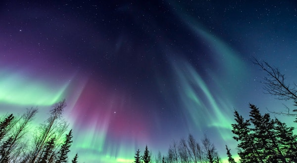 Alaska Airlines Flight Sale to See the Northern Lights in Alaska