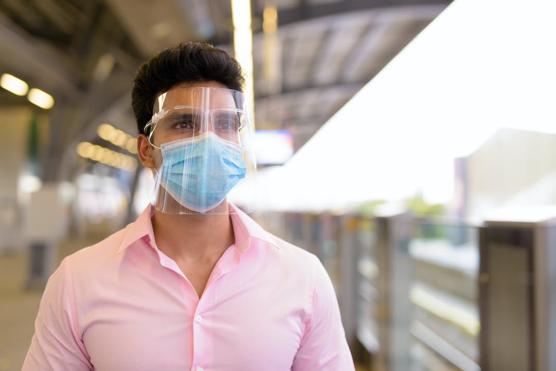 Coronavirus: Should Most of us be Wearing Goggles Now?