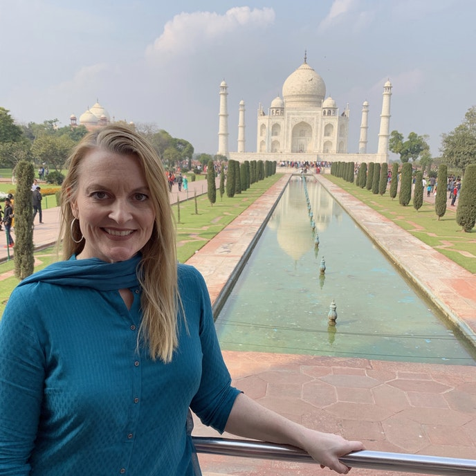 Travel advisor Sandy Schadler at the Taj Mahal.