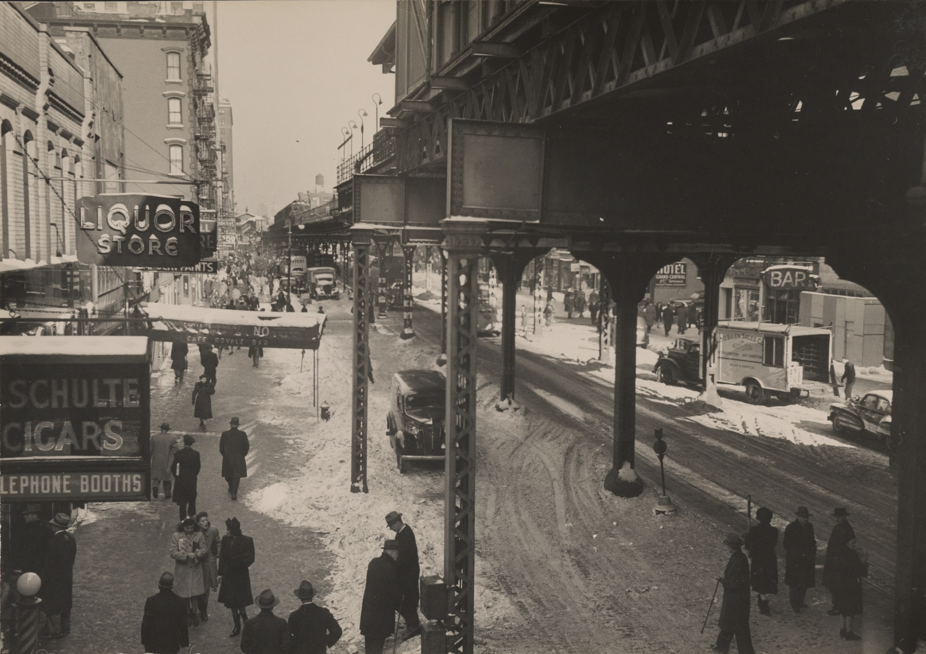 3rd Avenue from 42nd Street El Station, New York, 1945