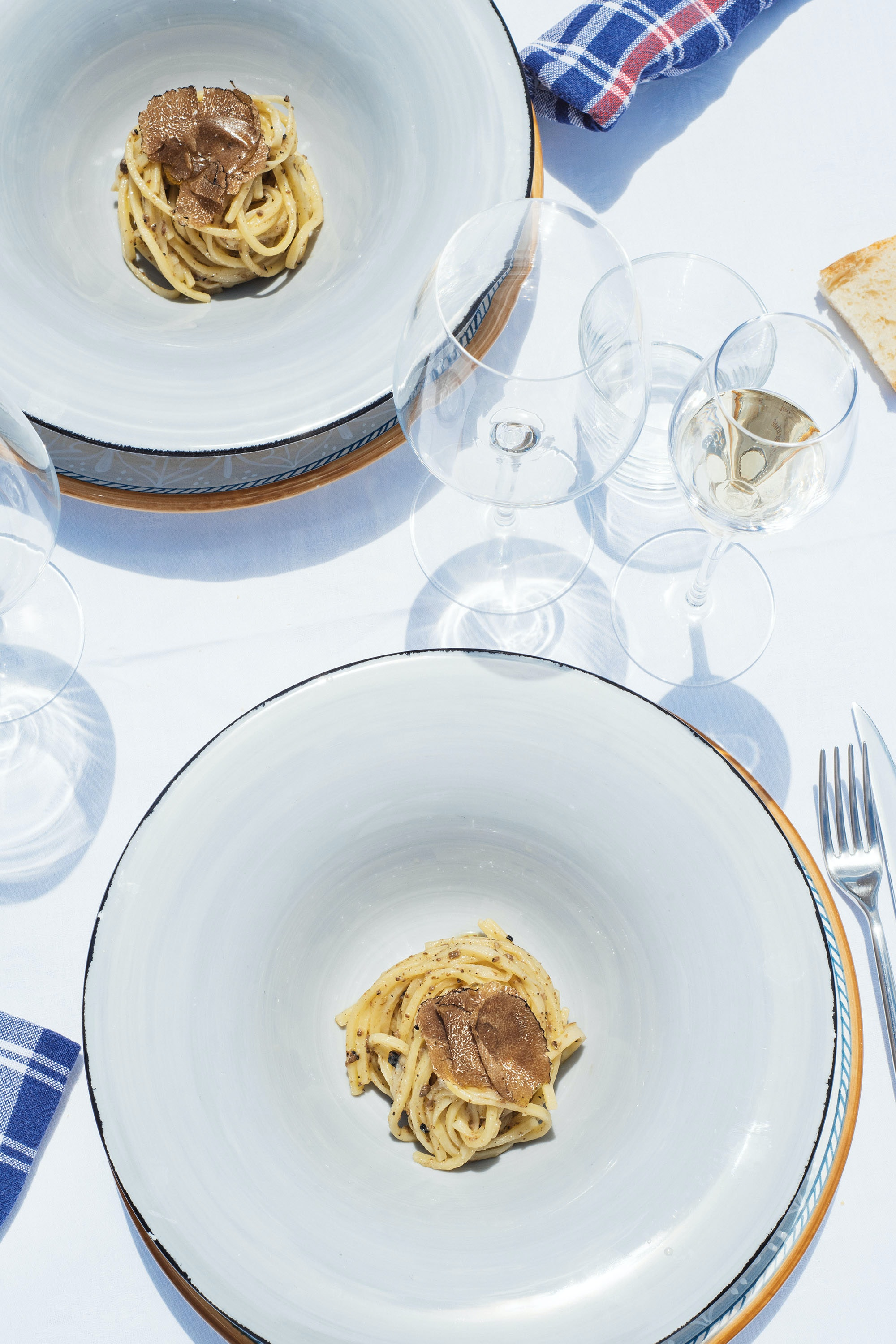 At the Tenuta San Pietro a Pettine truffle plantation, guests can try strangozzi pasta with black truffles, a regional dish.