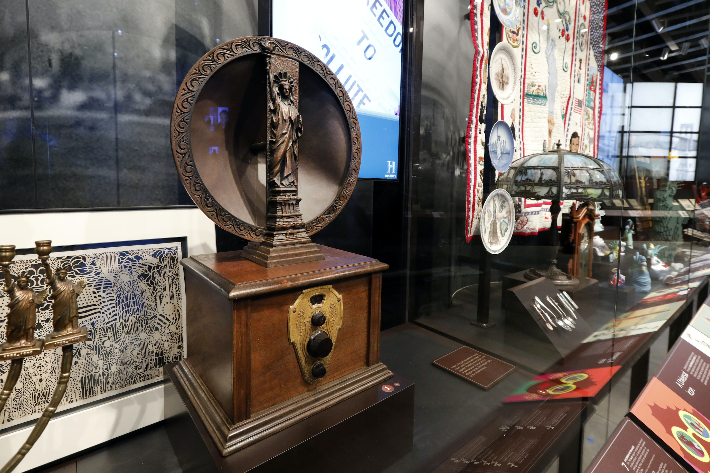 A 1920s Mohawk one-dial radio and speaker is among the artifacts displayed.