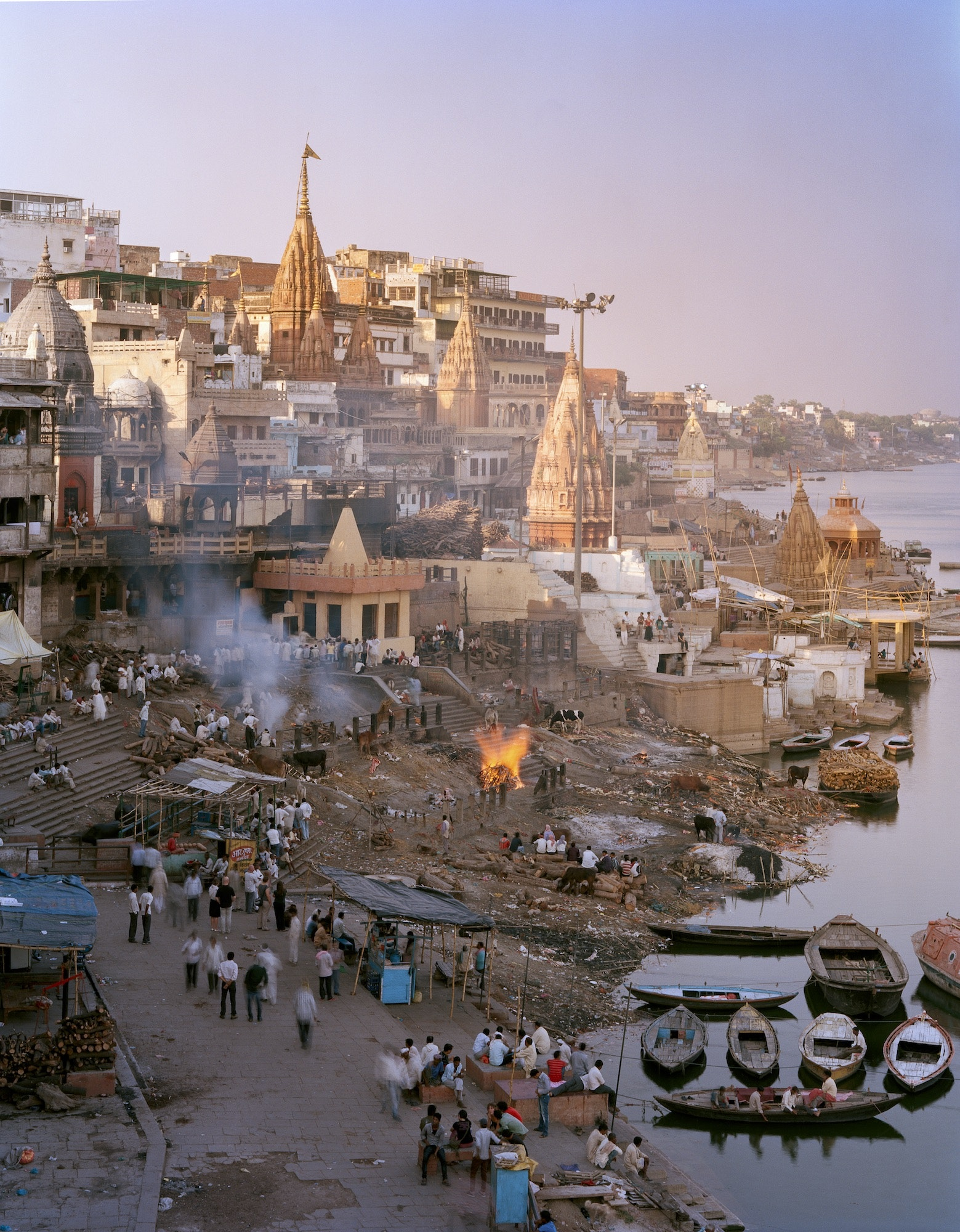 One of the oldest and most revered of Varanasi's ghats, Manikarnika ghat is the prime site for Hindu cremations on the Ganges.