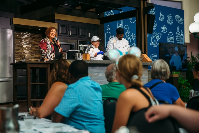 Food seminars allow festivalgoers to watch, cook, eat, and drink while learning about culinary masterpieces.