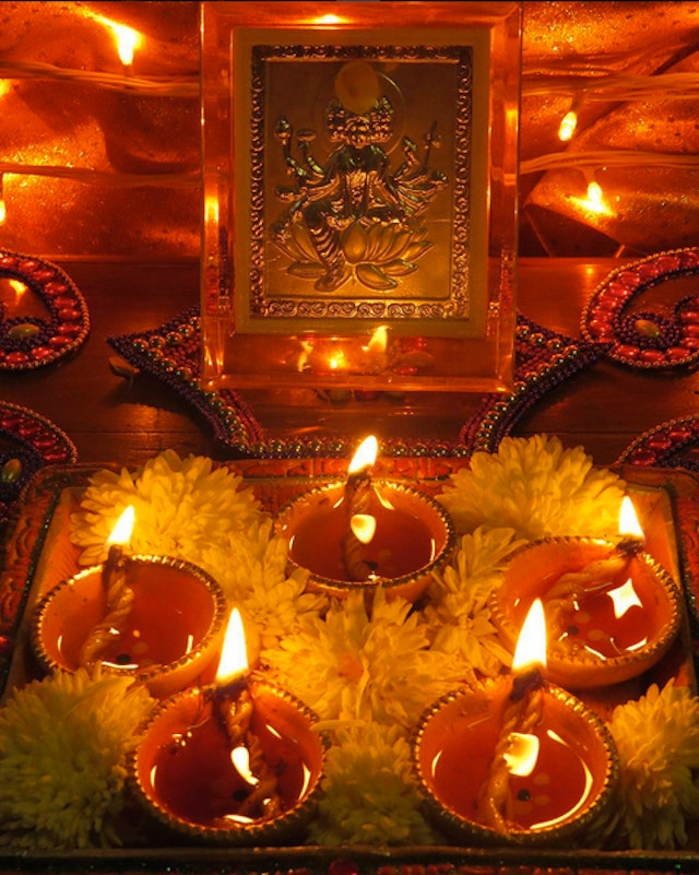 The holiday takes place over 5 days, the third of which is Diwali.