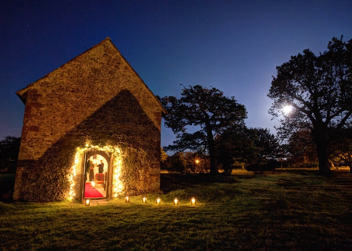 Carols sung in the chapel at Bailiffscourt is a highlight of the hoilday season.