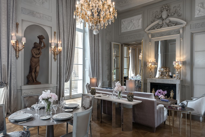Marie Antoinette took piano lessons in the building that became Hôtel de Crillon; now, a suite (pictured) is named for her.