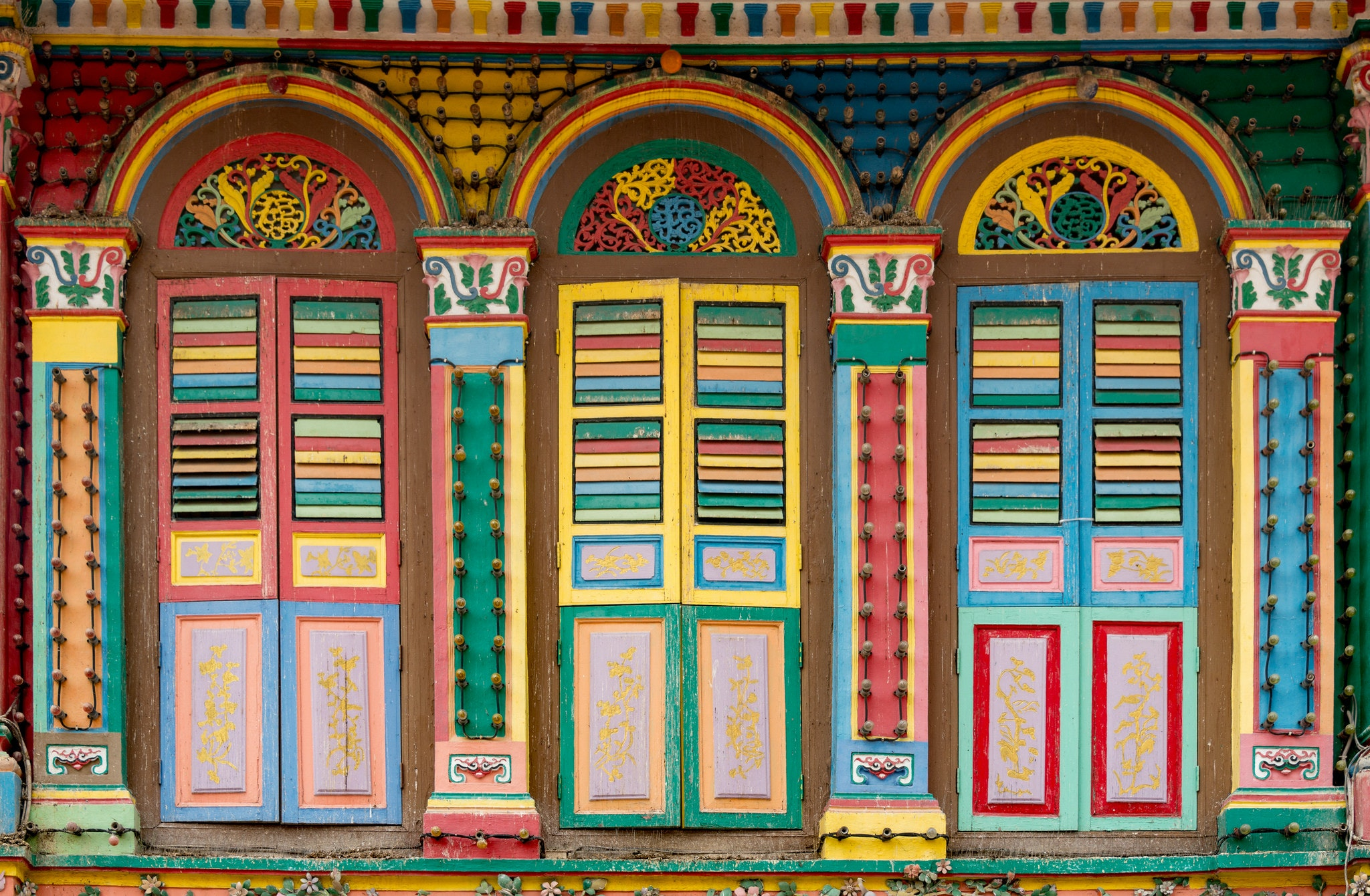 The colors of Little India.