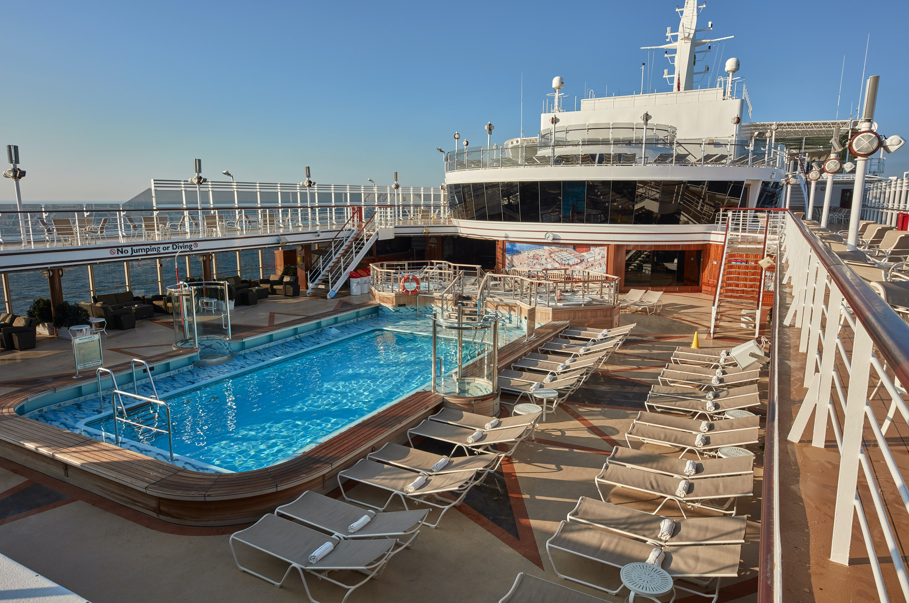 Cunard's Queen Elizabeth offers more than 140 shore excursions on its Inside Passage circuit.