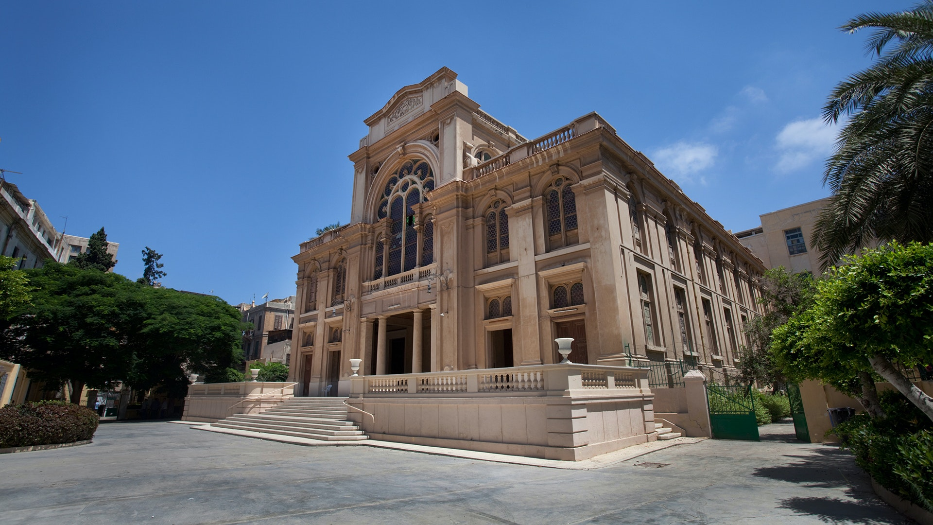 In Egypt, Alexandria's Eliyahu Hanavi Synagogue made the WMF list for 2017.