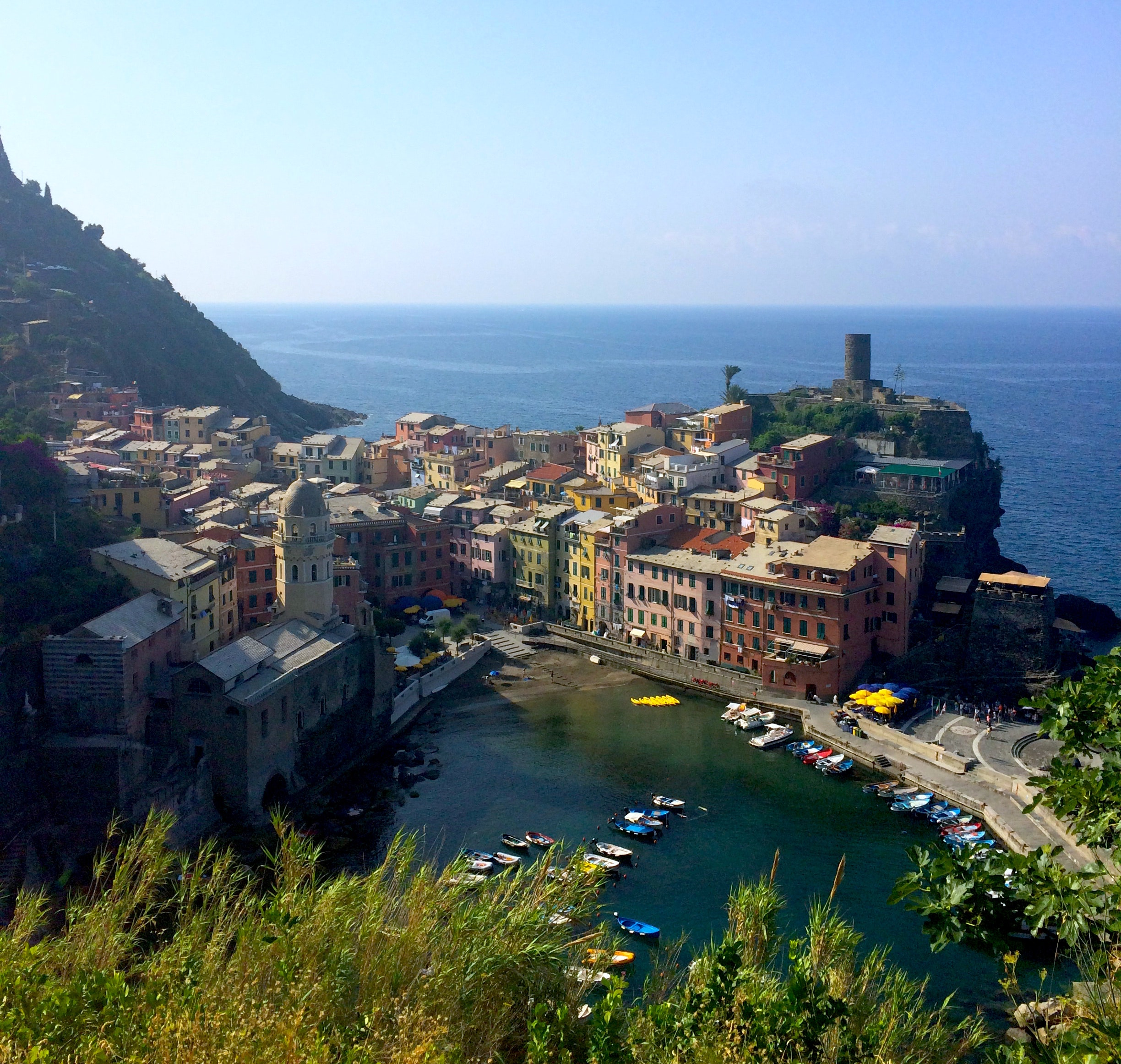 9 Thoughts You Have While Hiking Cinque Terre Alone