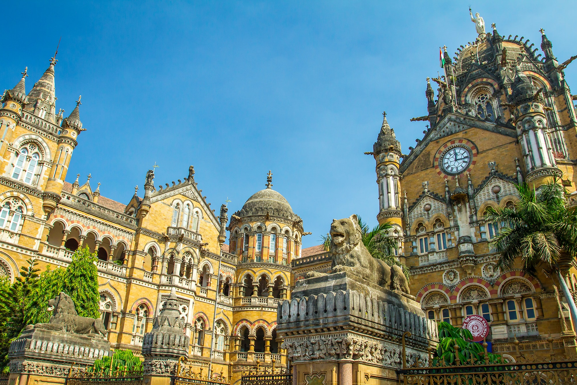 In addition to the Taj Mahal, you'll also visit sites like Mumbai's Victorian Chhatrapati Shivaji Terminus.