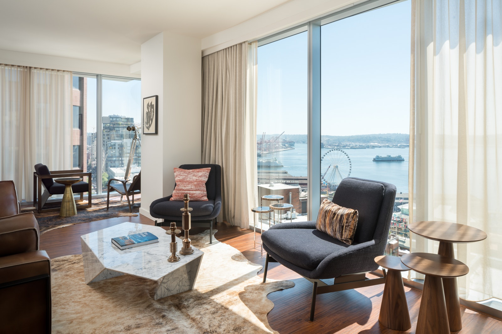 Score a room with a view at the Thompson Seattle.