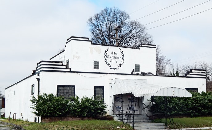 The Excelsior Club in Charlotte, North Carolina, opened in 1944.