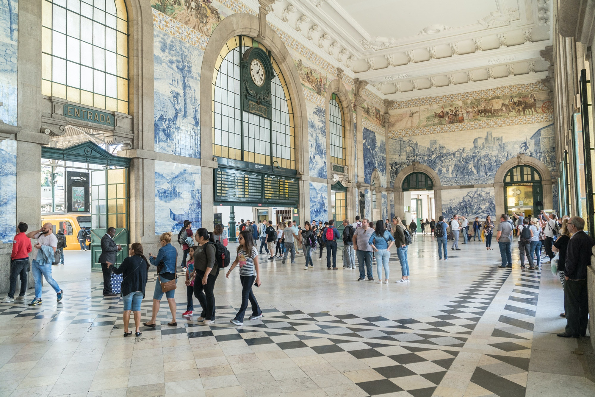 The painted-tile murals at São Bento station tell stories of Portuguese history.