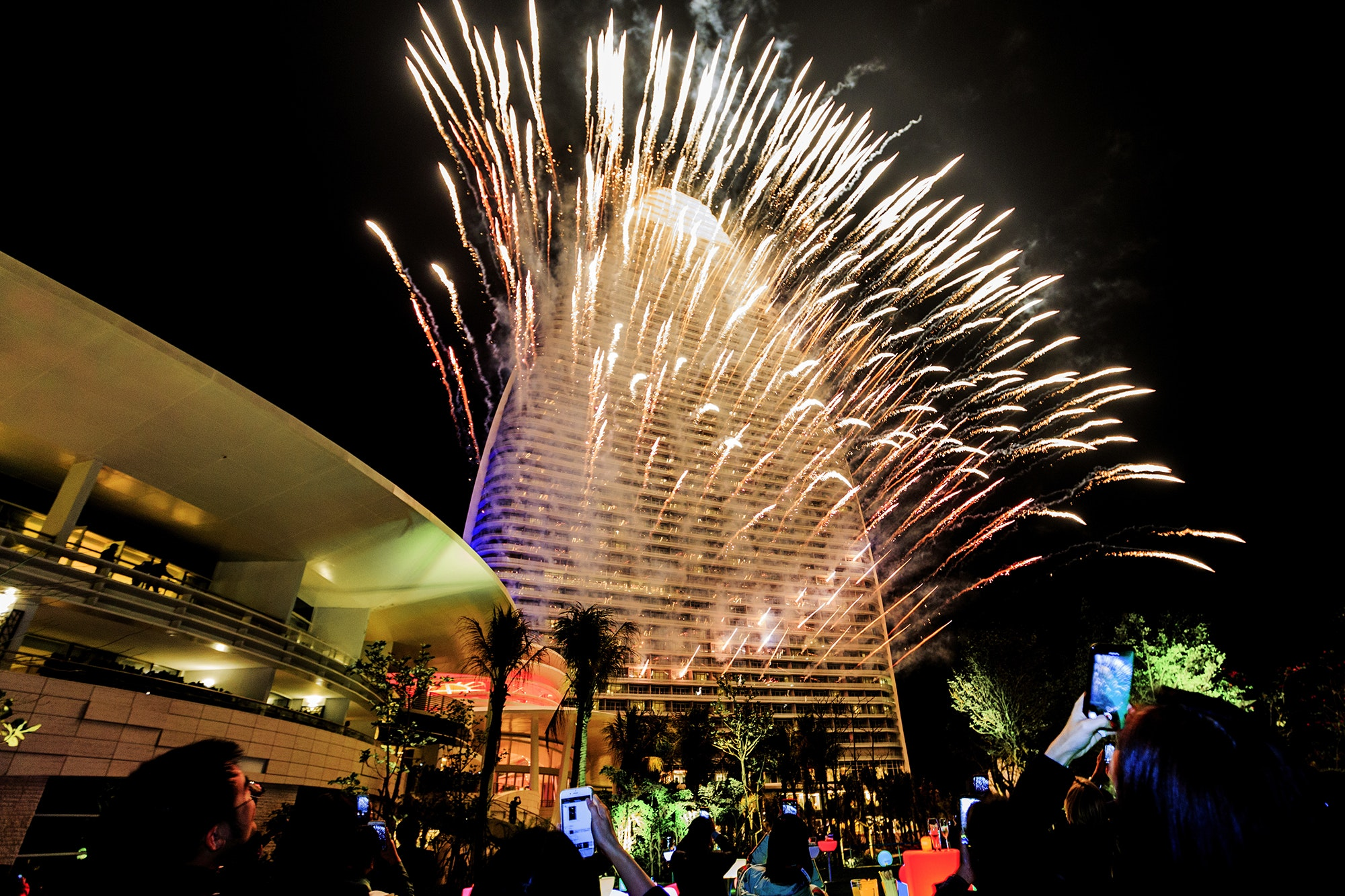 Atlantis Sanya celebrated its grand opening (and Chinese New Year) with a suitably unsubtle fireworks display.