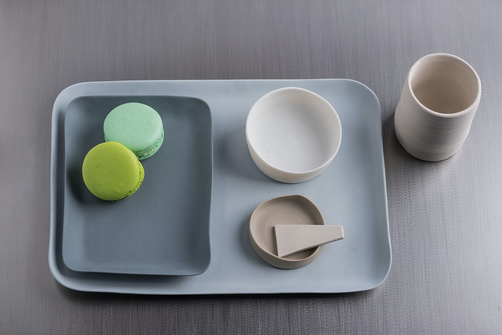 Dainty dishware from Dolce Utopia