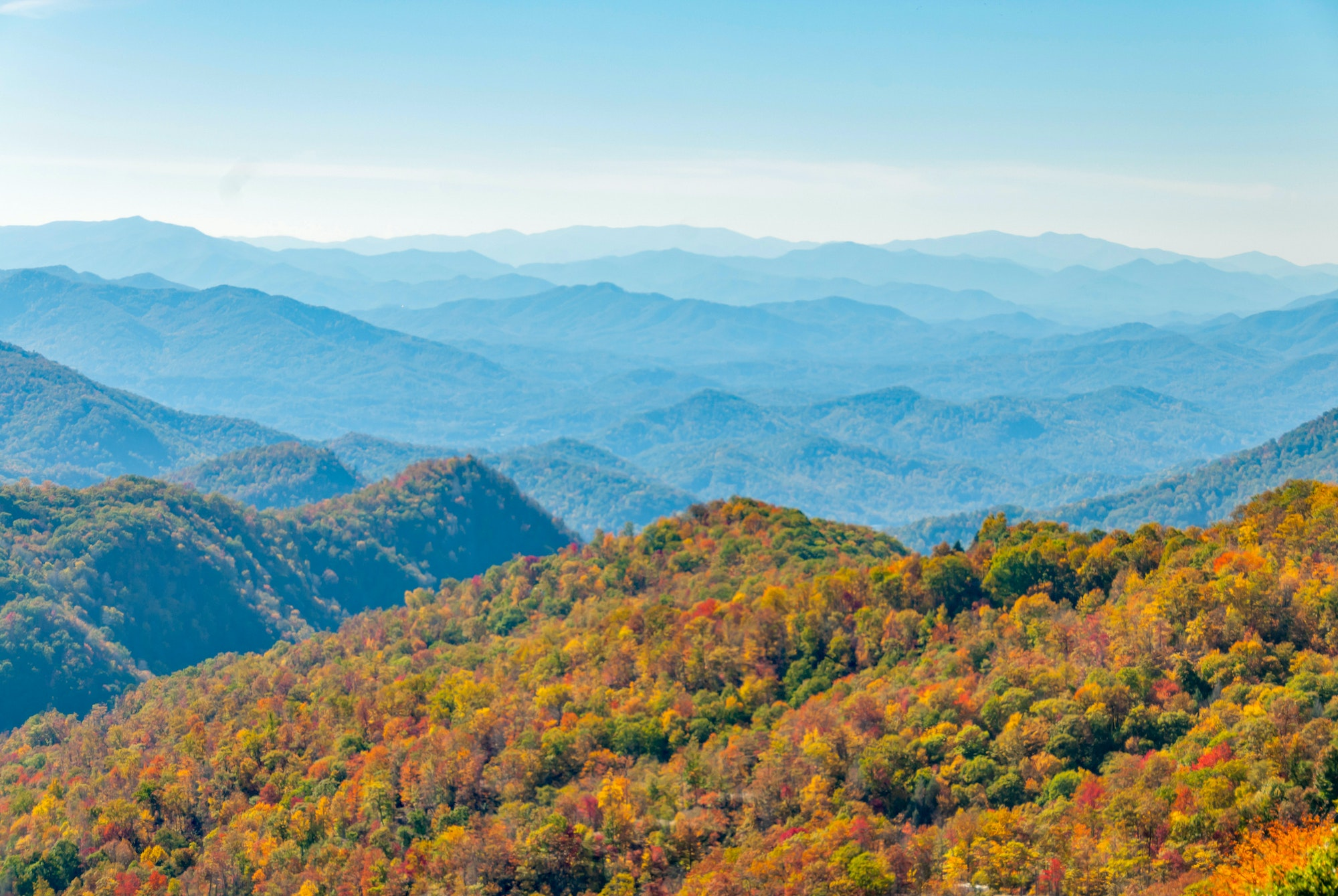 Great Smoky Mountains National Park straddles the border between North Carolina and Tennessee.
