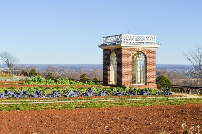 Thomas Jefferson's Monticello home is a great way to kick off your Blue Ridge Parkway road trip.