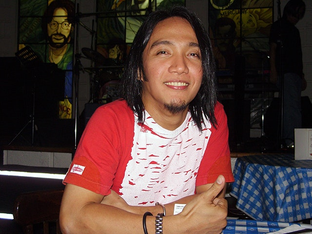 Arnel Pineda is not yet famous, but still happy.
