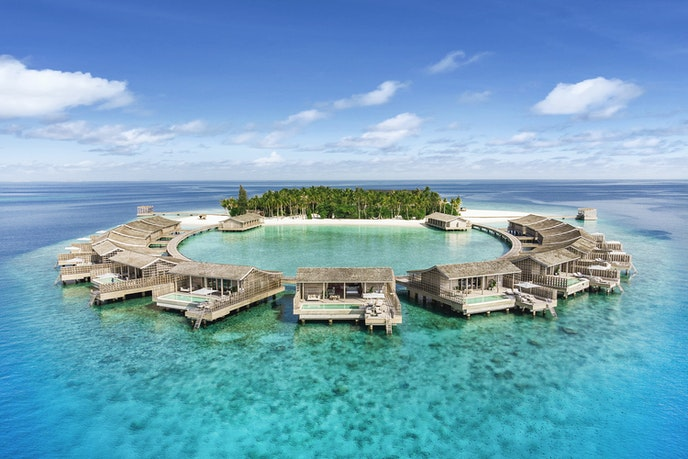 With just 15 villas, a bi-level spa, and a restaurant, Kudadoo Maldives Private Island maintains an uncrowded feel.